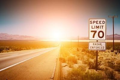 Il sole abbaglia: per l'incidente niente caso fortuito