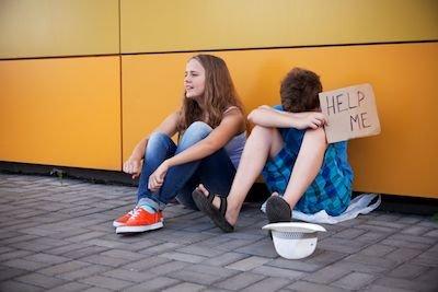 Minorenni: esiste un modo lecito per andar via di casa?
