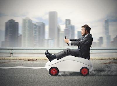 Quando scatta la sospensione o la revoca della patente, il fermo o la confisca del veicolo