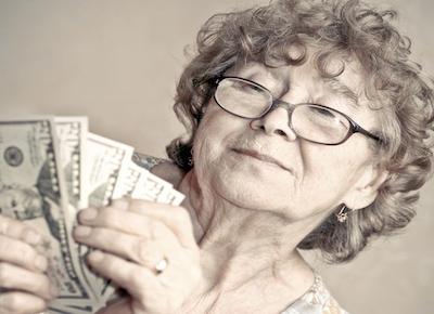Legge Stabilità: le pensioni si pagano il 10 di ogni mese
