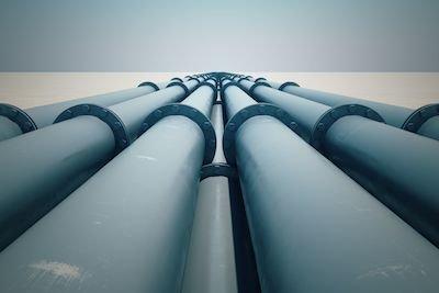 Tubi di acqua e gas in condominio: quale la distanza regolamentare?
