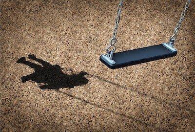 Il padre può vedere il figlio anche se indagato per violenza sessuale sul minore