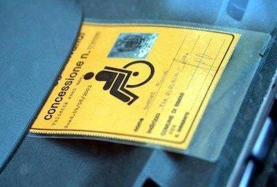 Nuovi contrassegni invalidi, segnaletica e parcheggi