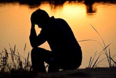 La sofferenza e il dolore che portano al suicidio vanno sempre risarciti