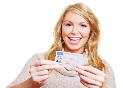 Niente più multa se dimentichi a casa la ricevuta sostitutiva della patente
