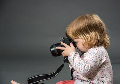 Vendere immagini in rete con diritto d'autore: la partita IVA è necessaria?