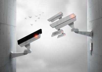 Vietate le telecamere per spiare i dipendenti: illegittime anche se restano spente