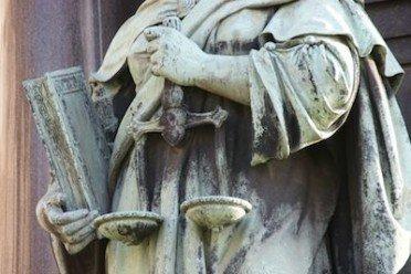 Multa: come ricorrere al giudice di pace?