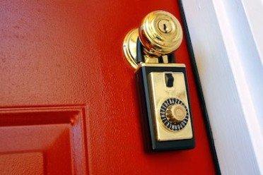Convivenza intollerabile: è lecito cambiare le serrature della casa familiare?