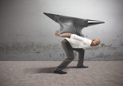 Stipendi non pagati: fallimento o pignoramento dell'immobile dell'azienda?