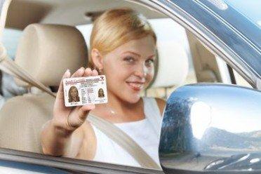 Duplicato patente smarrita o rovinata: la vecchia non va restituita