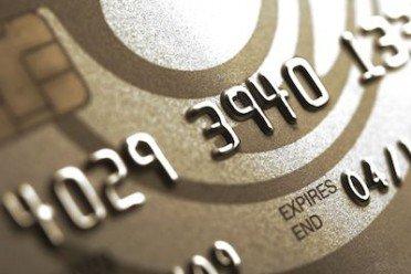 Se la banca ha spedito la carta di credito o il bancomat e il cliente non la riceve