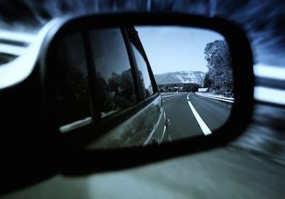 Stop multa autovelox se non c'è il cartello stradale di avviso dopo le intersezioni
