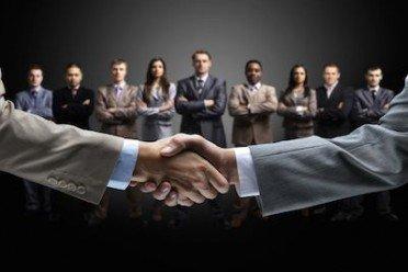 Avvocati mediatori: cadono le incompatibilità