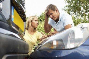 Colpo di frusta e ferite lievi da incidente stradale: iter più facile