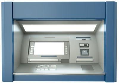 Ritardo nella consegna del bancomat: diritto al risarcimento