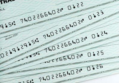 Segnalazione alla CAI: se l'assegno viene emesso senza provvista e protestato