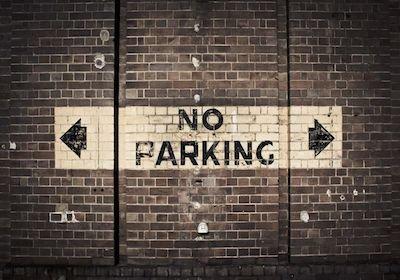 La servitù di parcheggio su una strada altrui è possibile