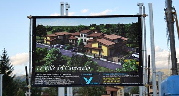 Cantieri sugli edifici: il cartello abilitativo deve essere sempre visibile