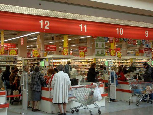 Rubare in un negozio: cosa fare se si viene beccati?