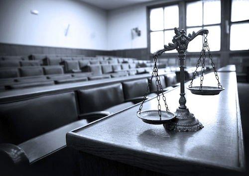 Sospensione del processo se c'è impugnazione della sentenza pregiudiziale
