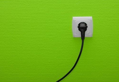Si può staccare l'utenza se non si paga luce e acqua?