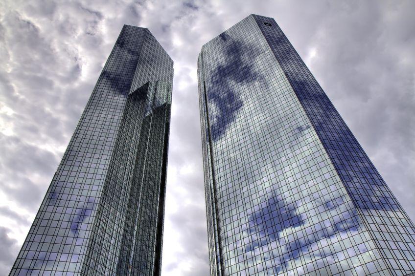 Supercondominio: chi paga la ristrutturazione di un solo edificio
