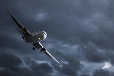Volo in ritardo o cancellato, come farsi rimborsare dalla compagnia aerea