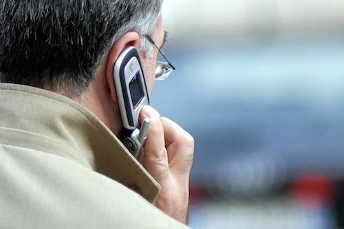 Tassa di concessione sui cellulari: i Comuni devono pagarla