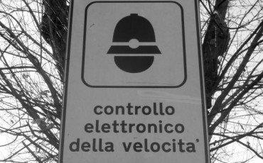 Autovelox: multa nulla se non segnalato a distanza regolamentare