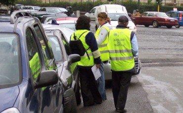 Con l'ausiliare del traffico non c'è oltraggio a pubblico ufficiale