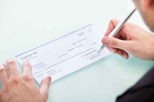 Il creditore può rifiutare il pagamento tramite assegno?