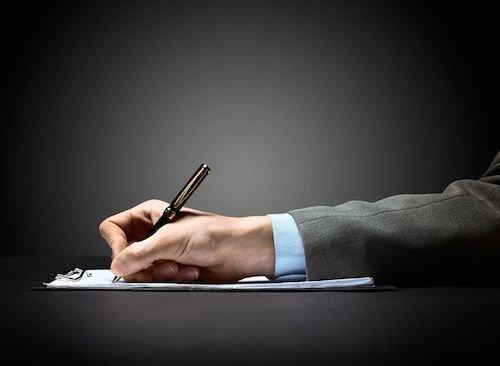 Querela di falso: quando è possibile per un foglio firmato in bianco?