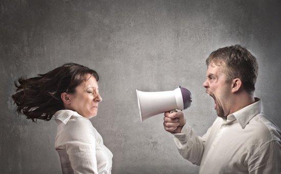 Assegno di divorzio: quanto dipende da quello di separazione?