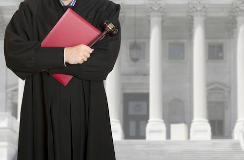 Valida l'opposizione a decreto ingiuntivo invalido