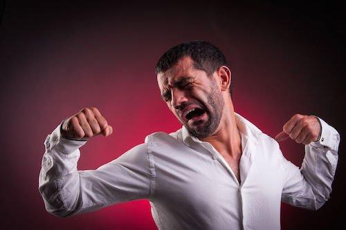 Dipendente assente ingiustificato: si può licenziare?