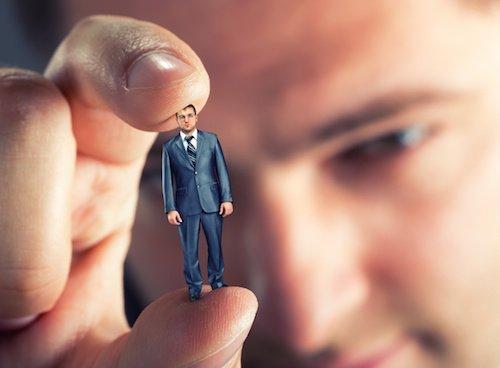 Professionisti con ricavi fino 15mila euro: nuovi minimi IVA