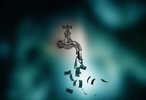Taglio alle pensioni: svalutati dalla crisi assegni Inps e Casse di previdenza