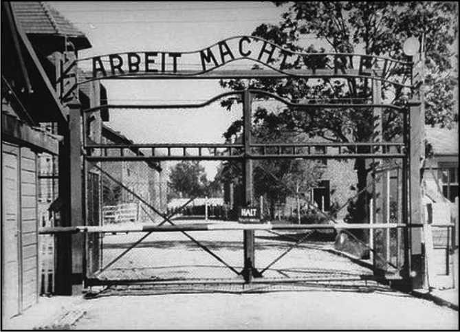 Il Governo regala un milione di euro ad Auschwitz