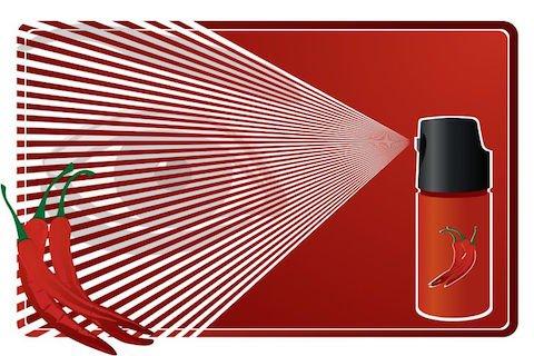 """Spray irritante: reato anche se l'etichetta dice """"innocuo"""""""