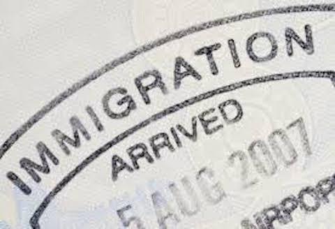 Trasferirsi all\'estero con il permesso di soggiorno italiano