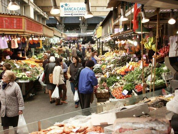 I venditori ambulanti causano danni? Paga il Comune