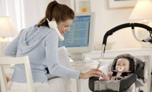 Lavoratrice madre: sì ai premi di rendimento anche se ha i congedi per l'allattamento