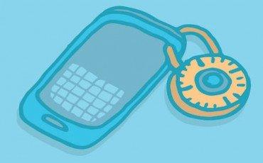 Chi legge di nascosto gli sms sul cellulare altrui commette rapina