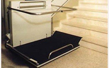Condomini disabili: chi paga l'installazione del montascale e la relativa manutenzione?