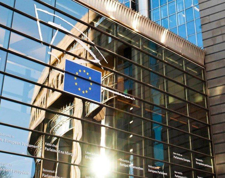 1200 euro al mese per tirocini al Parlamento Europeo