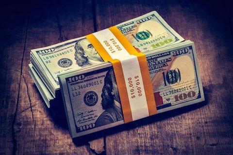 Pensione di inabilità: si calcola anche il reddito del coniuge?