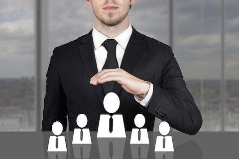 Entrate: dirigenti illegittimi, avvisi di accertamento e ruoli nulli