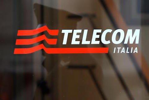 Telecom: quadruplicato il costo delle chiamate da telefono fisso