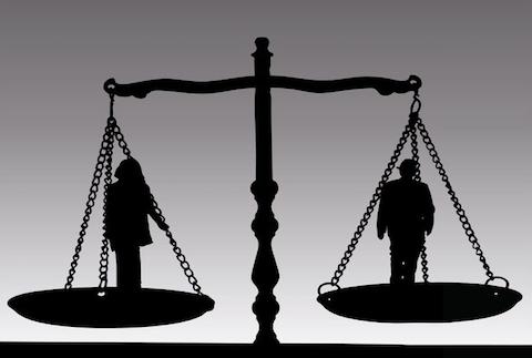 Pensione privilegiata per malattia di servizio: incostituzionali i termini per la domanda